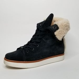 Coach Ramsey style womens fur shoes size 9.5